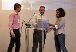 Solenidade entrega premiação científica